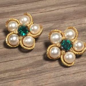 Vintage WEISS Earring Green Crystal Clipon Jewelry
